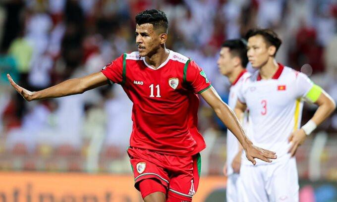 Sabhi. mừng bàn gỡ hoà 1-1 cho Oman. Ảnh: OFA