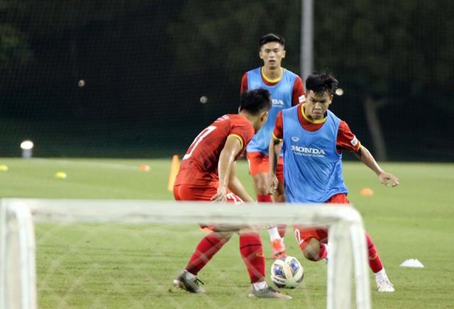 ĐT U23 Việt Nam dốc sức tập luyện tại UAE, hướng tới Vòng loại U23 châu Á 2022 - Ảnh 1.