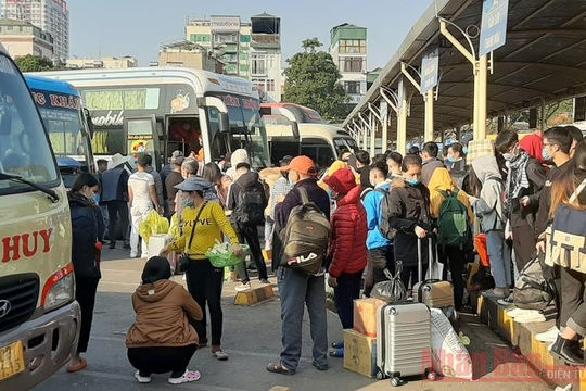 Tám tuyến xe khách liên tỉnh hoạt động trở lại