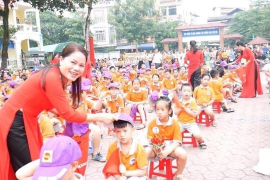Cô giáo quê Nam Định hết mình vì học trò vùng cao