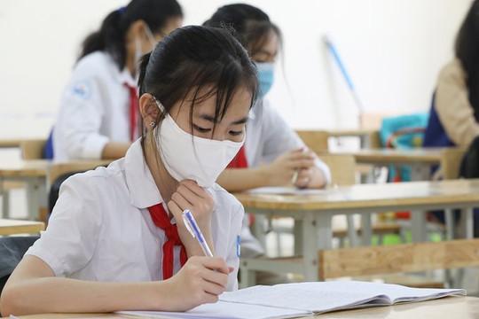Đề xuất chi 427 tỉ hỗ trợ học phí cho học sinh TP HCM