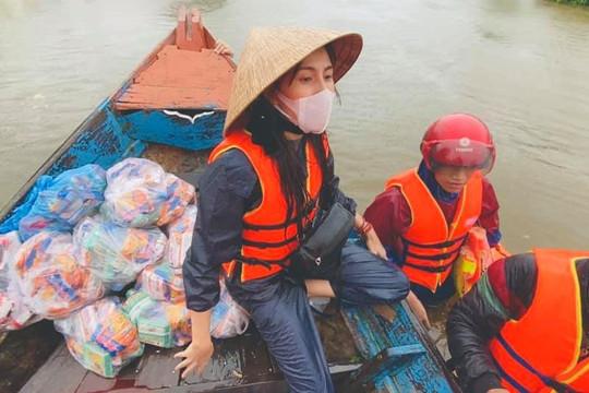 Khó xác định tổng số tiền ca sĩ Thủy Tiên trao ở Quảng Trị