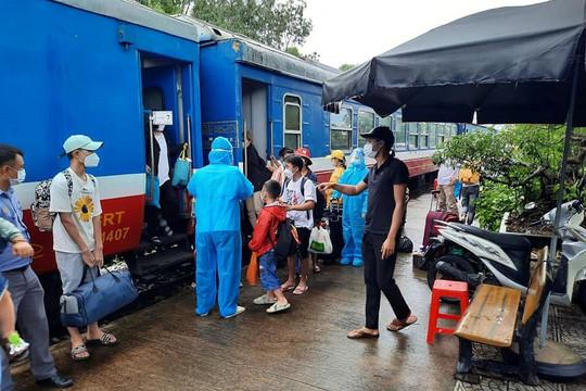 Quảng Bình: Huyện Quảng Trạch đón những người dân xa xứ trở về quê hương