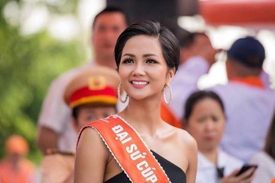 H'Hen Niê làm giám khảo The Next Face