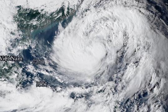 Vì sao bão dồn dập xuất hiện ở Biển Đông?