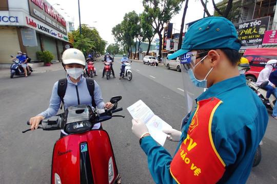 Toàn Hà Nội là vùng xanh, người dân đi lại không cần trình giấy xét nghiệm Covid-19