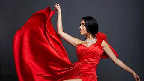 Georgina Rodriguez khiến fan trầm trồ trong bộ trang phục sang trọng và lộng lẫy